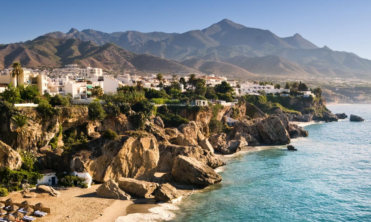 Klipper ved kysten ved Costa del Sol