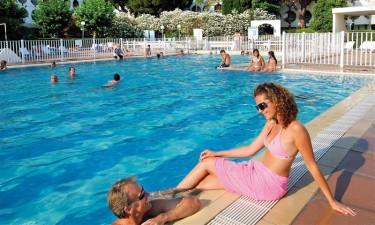 Bernard de Ventadour i Languedoc - Udendoers swimmingpool