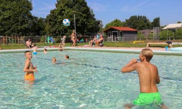 Pool Camping De Scherpenhof in Overijssle