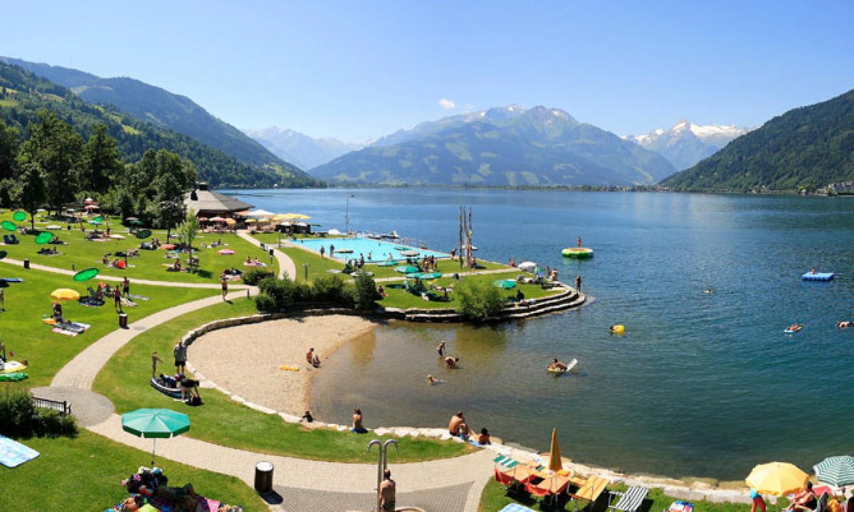 Zell am See soe om sommeren