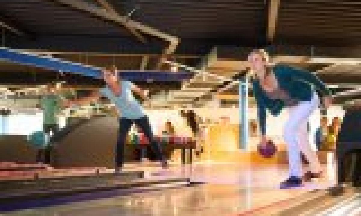 De Haan aan zee - Familie dyster i bowling
