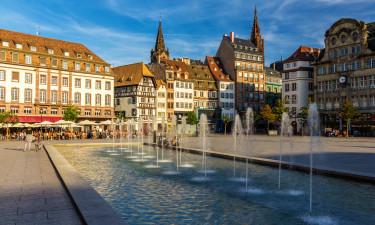 Kulturelle og spændende byer med shoppemuligheder