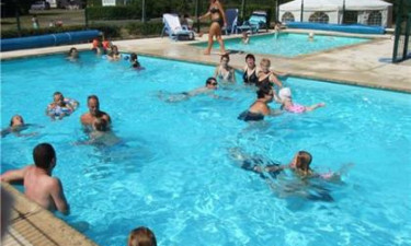 Swimmingpool på feriestedet