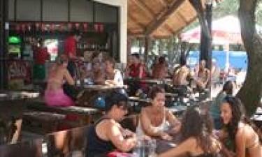 Middelhavsrestaurant, pizzeria og bar