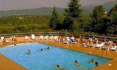 Les Jasmins - tre pools og en lækker restaurant