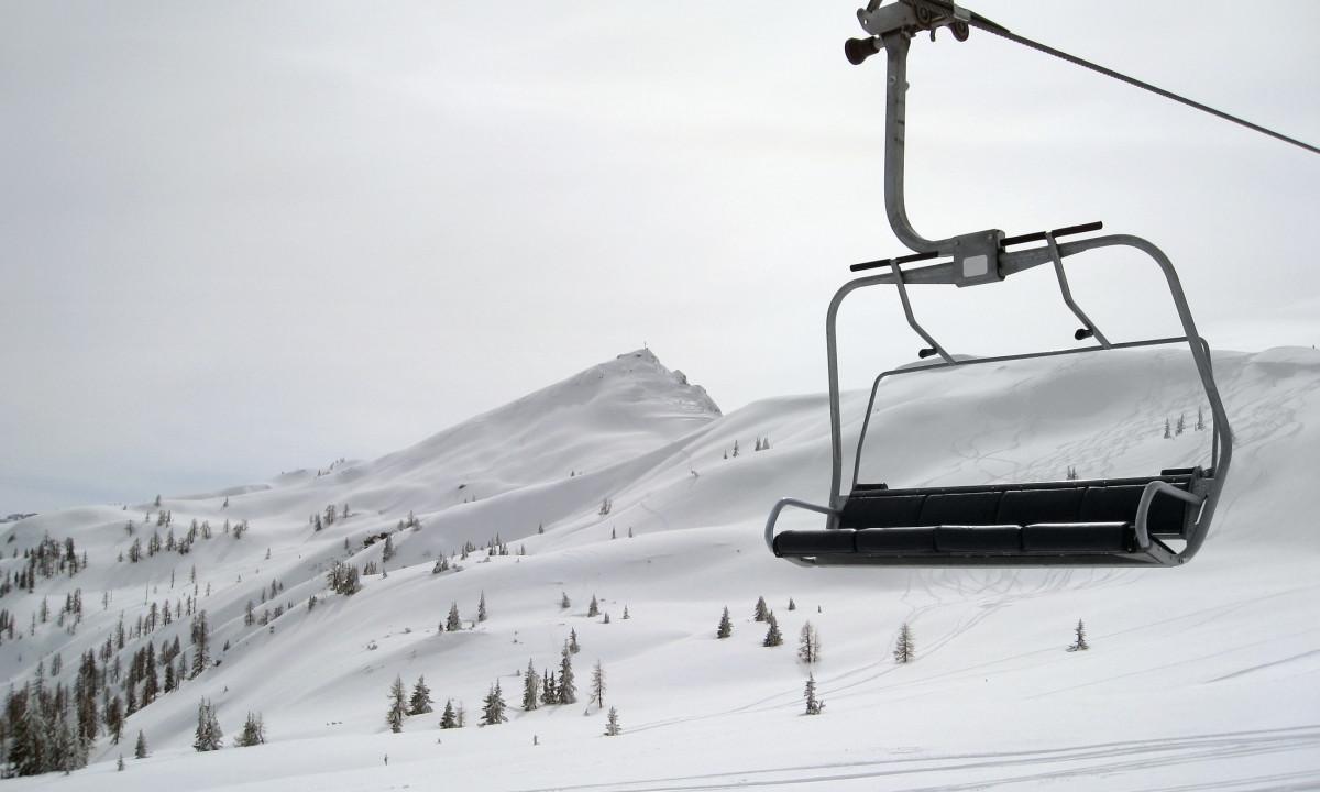Wagrain - Skilift i snedækket landskab