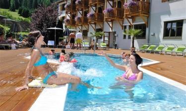 Lækkert wellnessområde med pool