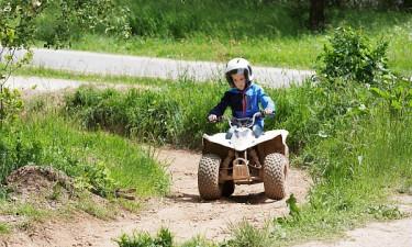 Bostalsee - Dreng på Mini Quad Bike