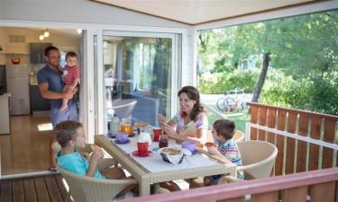 Indkøbsmuligheder på Camping Pino Mare