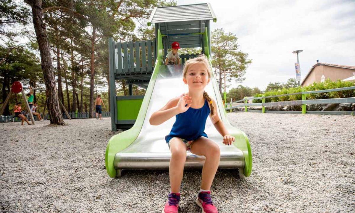 Sjov legeplads til børnene
