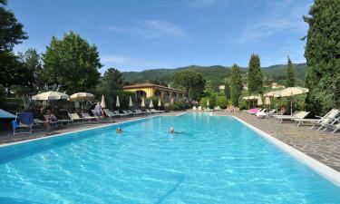 Nyd jeres ferie ved det dejlige poolområde