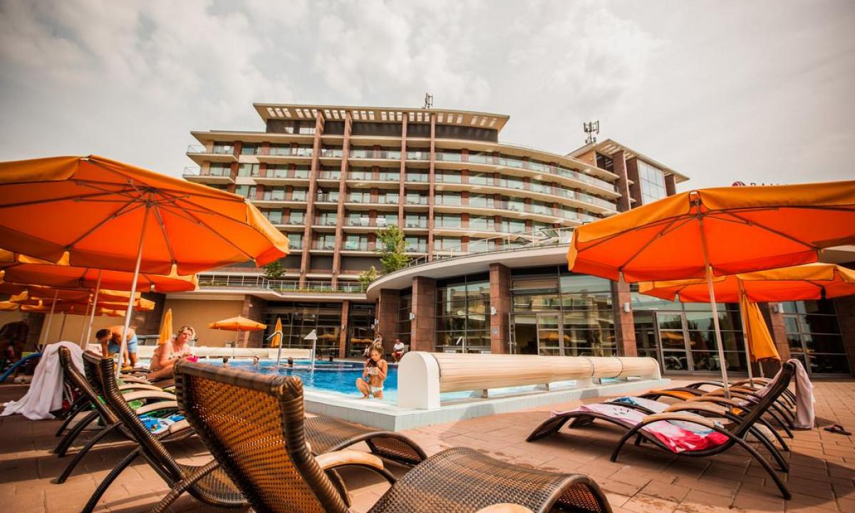 AquaWorld Resort - Udendørs poolområde på stedet