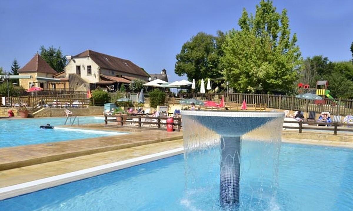 Det store poolområde