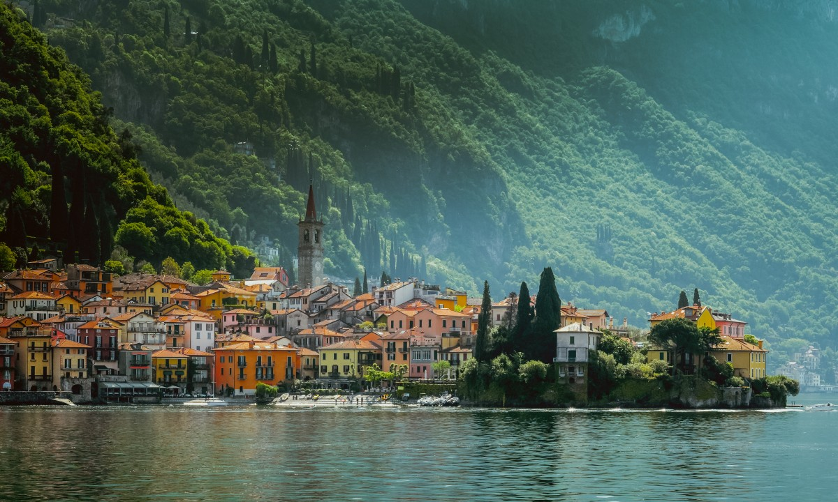 By ved Comosoeen i Italien