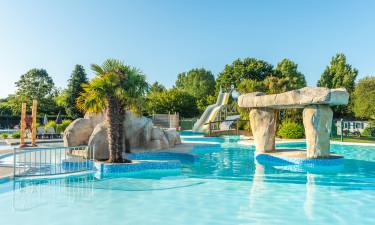 Stort poolområde med masser plads