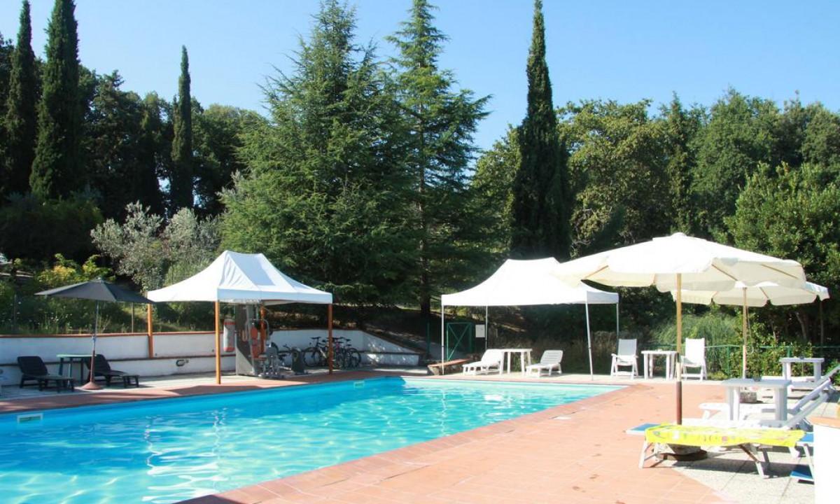Il Capannettino - Udendoers swimmingpool