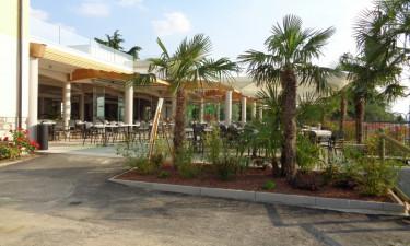 Poolbar, pizzeria og restaurant