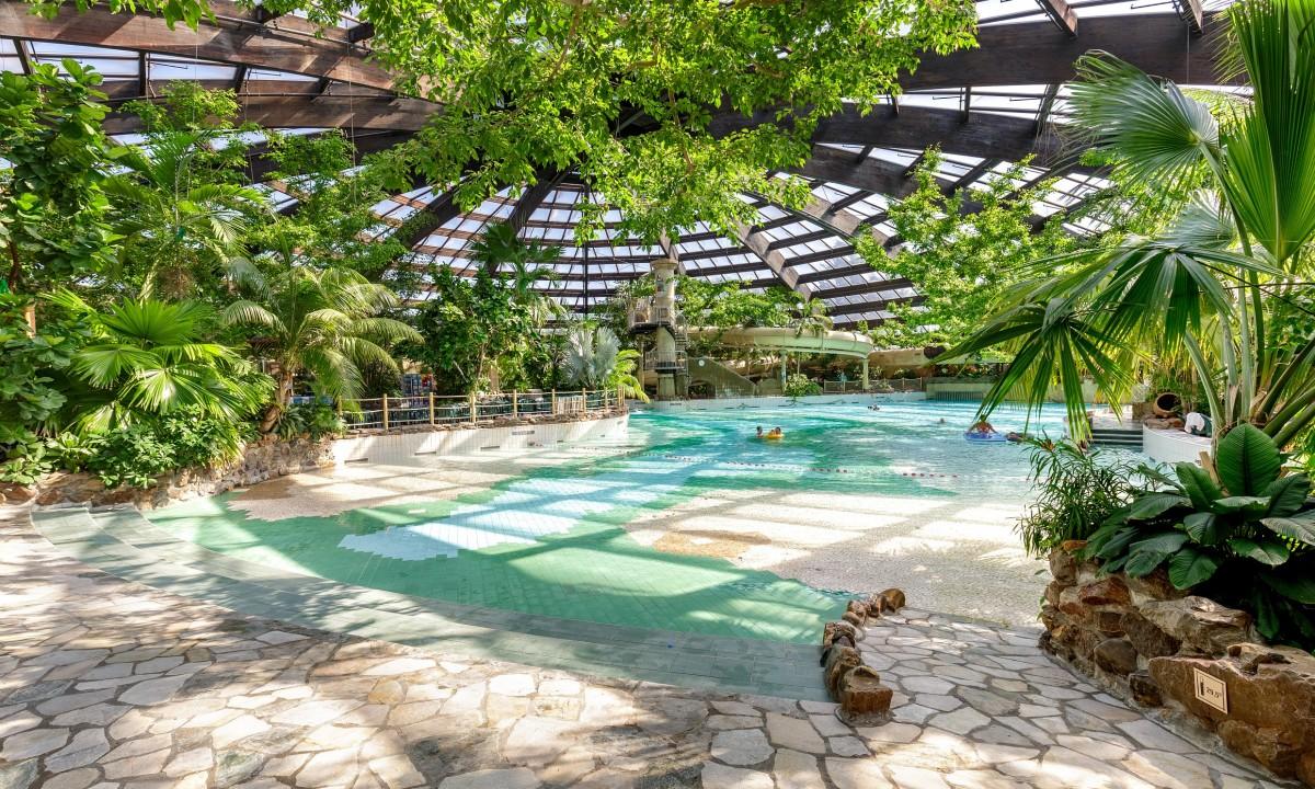 Badeland i Holland - Subtropisk swimmingpool