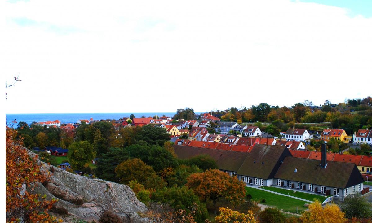 Sandvig Søpark - Klipper, vand og boliger