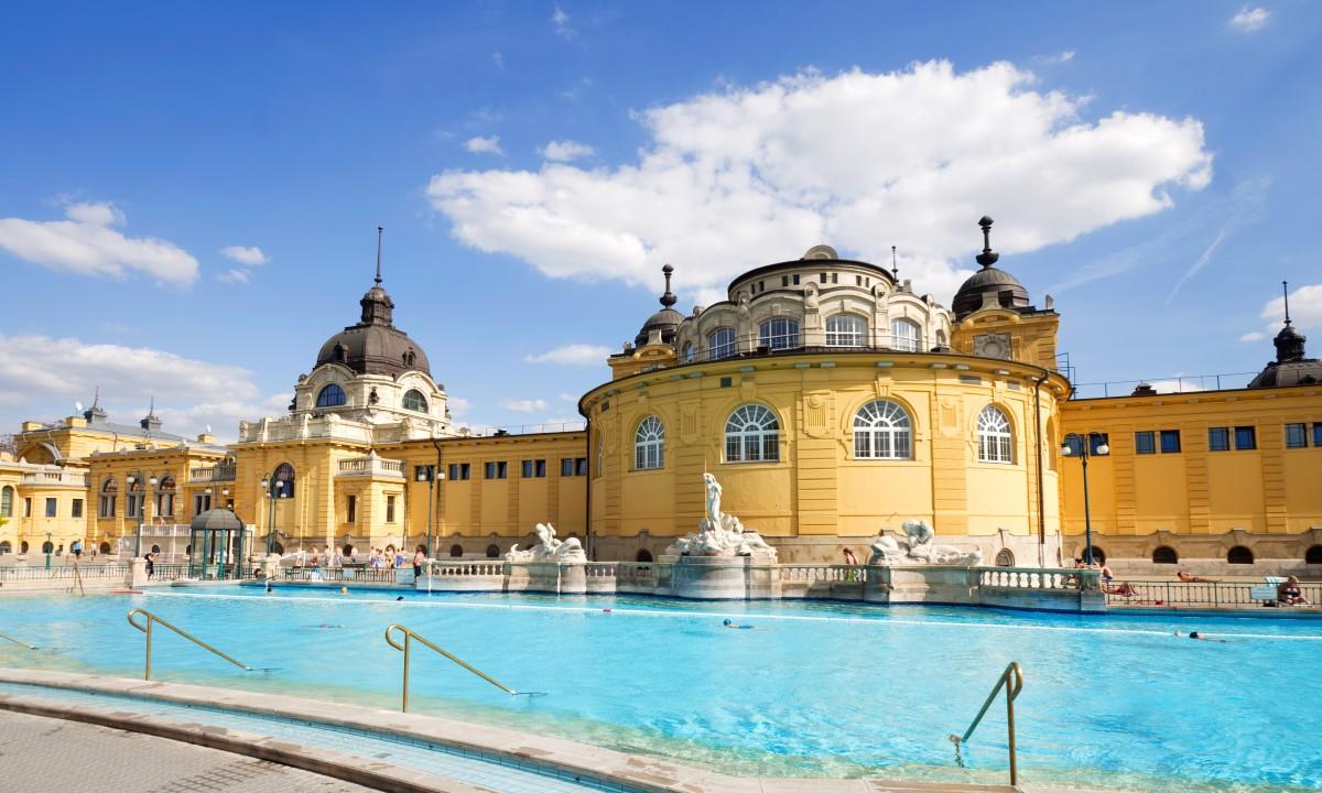 Szechneyibadet i Budapest, Ungarn
