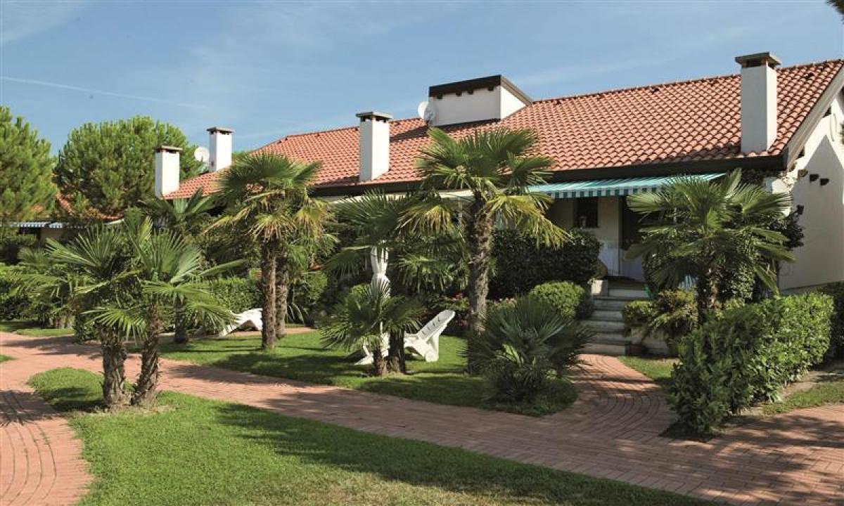 Corte del Sole boliger og palmer