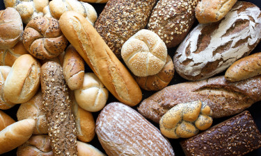 Indkøbsmuligheder - Friskbagt brød