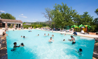 Camping Les Chênes Blancs in der Provence