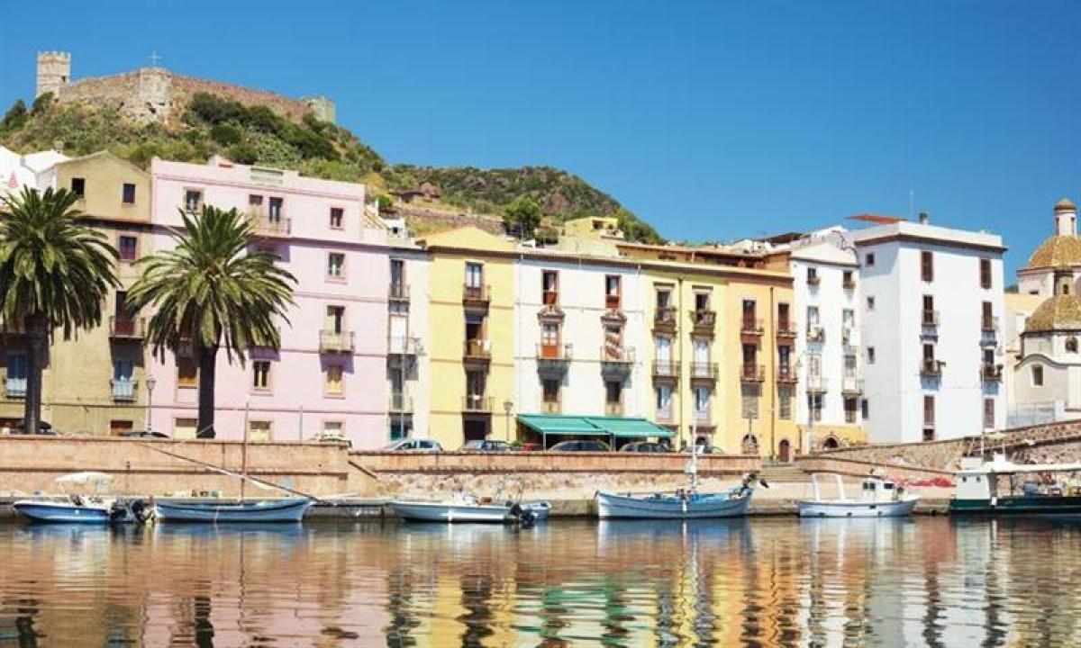 Sardinien - Alghero huse ved vandet