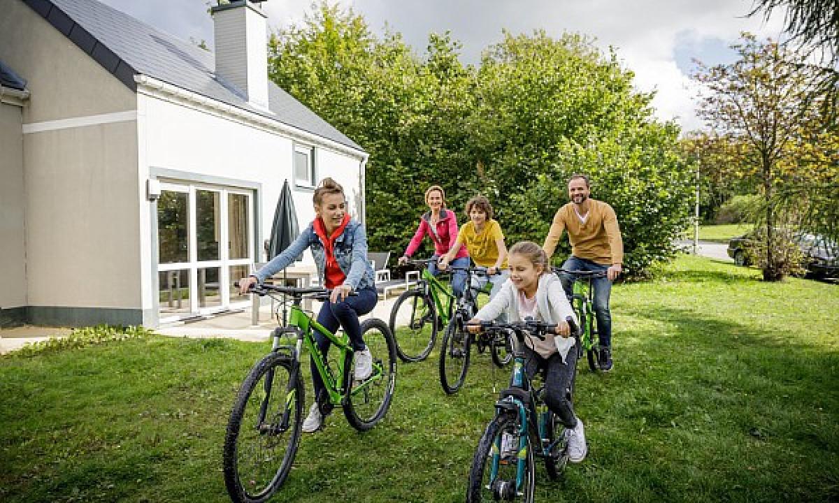Les Ardennes - Familie på cykeltur
