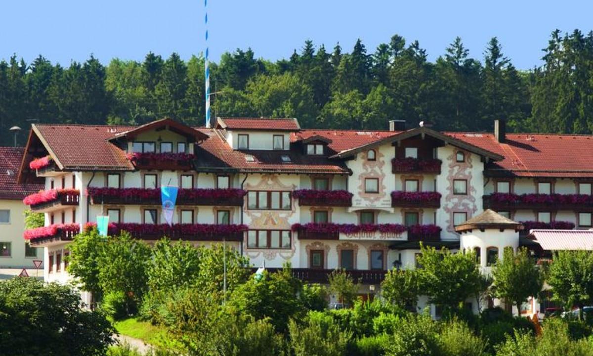 Hotellets flotte facade