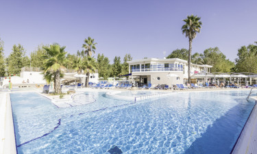 Pool, wellness og strand