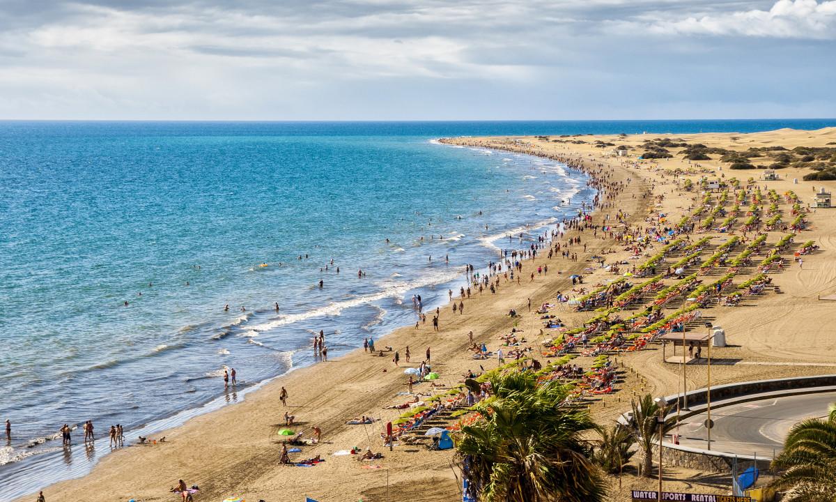 Solskin paa de spanske strande