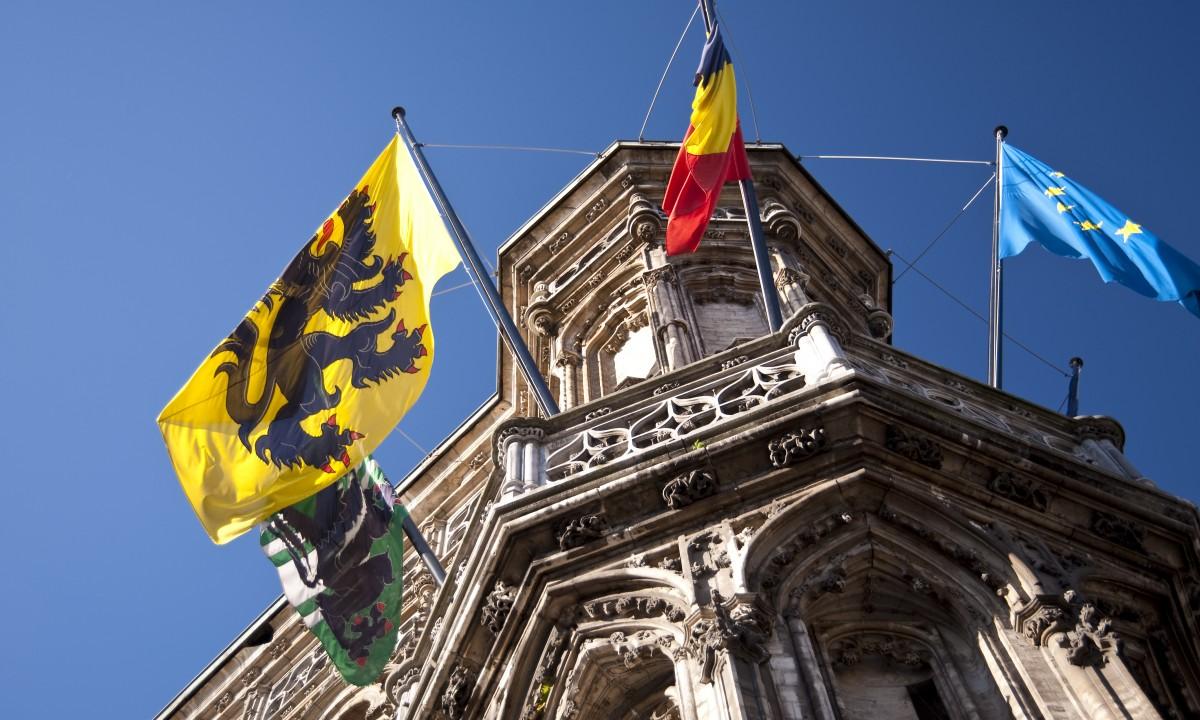 Flandern - Det europæiske, belgiske og flamske flag