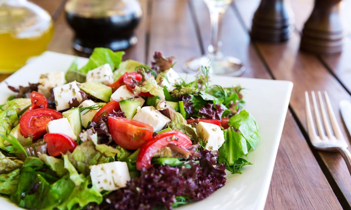 Graesk salat med oliven