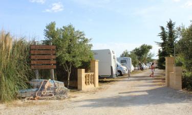Hvad med indkøbsmuligheder på campingpladsen?