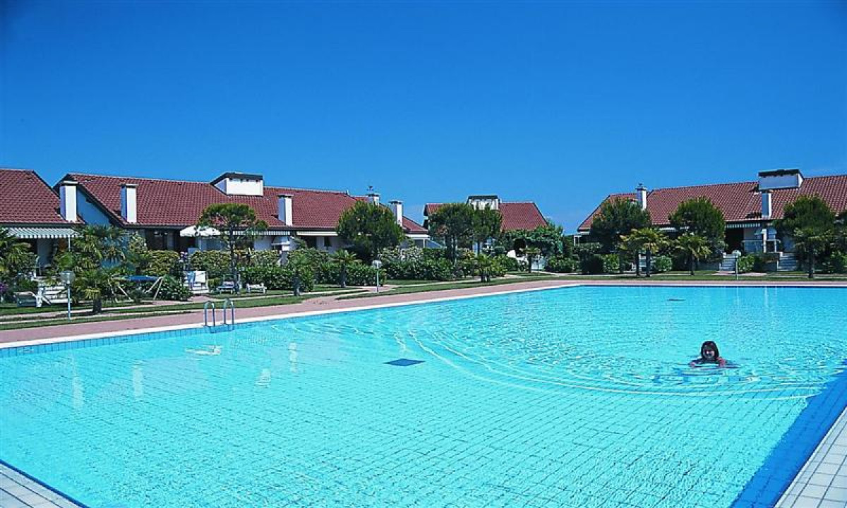 Corte del Sole - Poolomraadet samt boliger