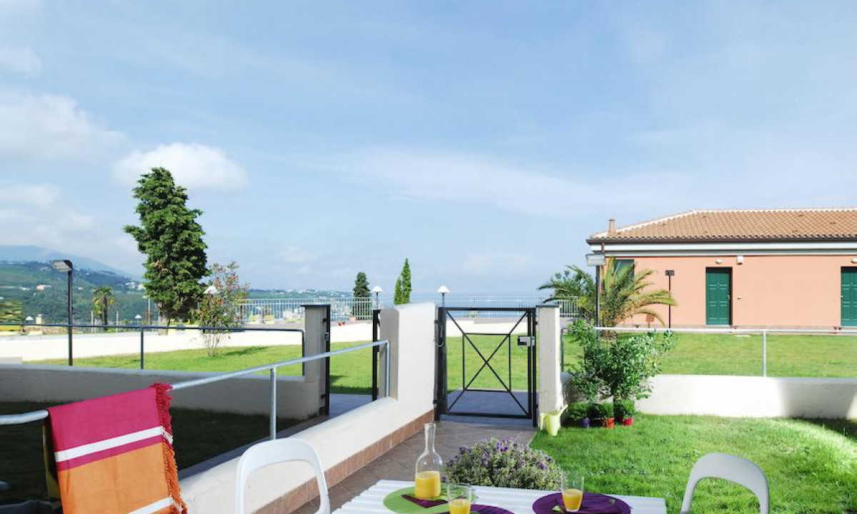 Villa Beuca terrasse i en af ferielejlighederne
