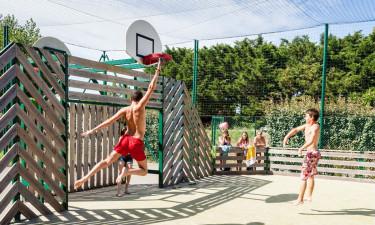 Sportsfaciliteter og underholdning