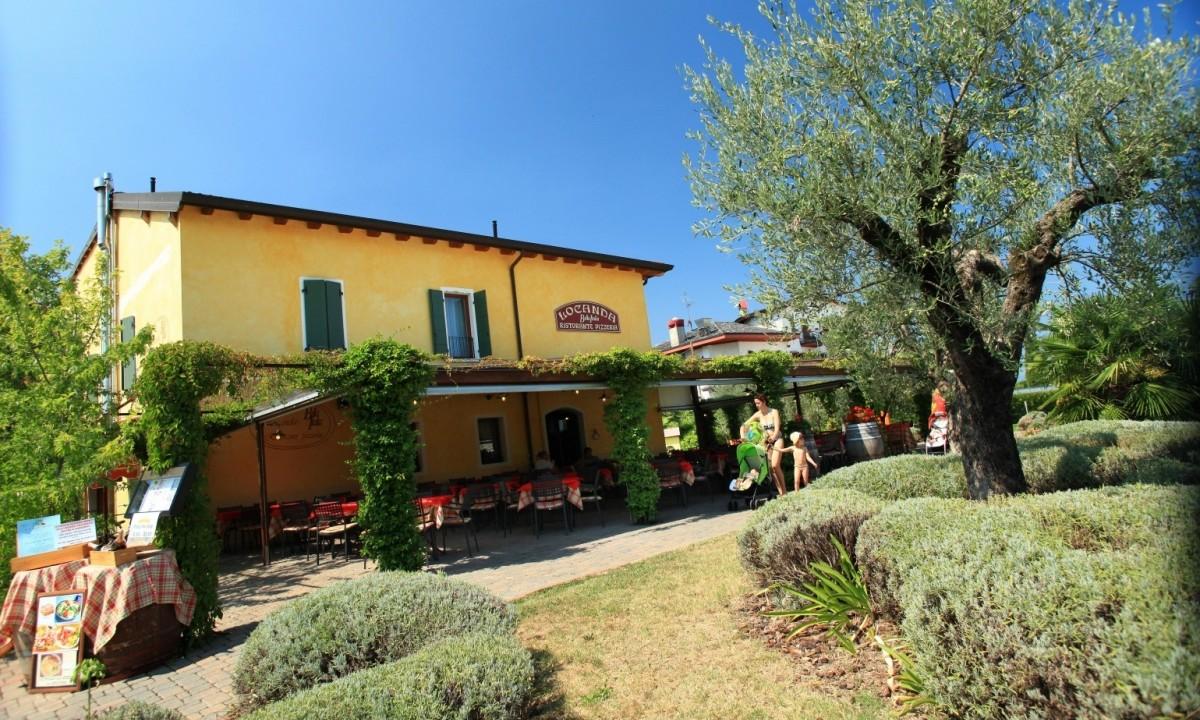 Bella Italia Italien Camping Am Gardasee Mobilheime Billig