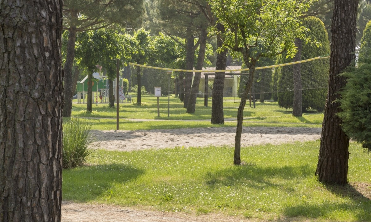 del garda village and camping vacances camping lac de garde italie allcamps. Black Bedroom Furniture Sets. Home Design Ideas