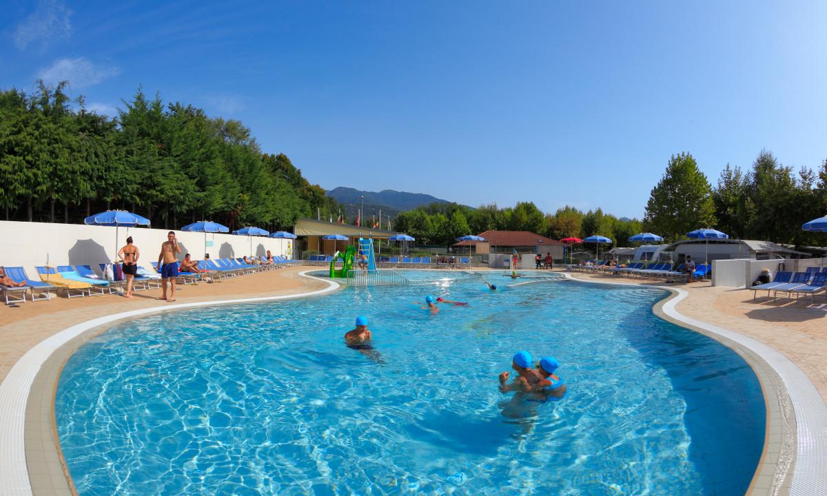 Mobilheim Kaufen Lago Maggiore : Orchidea italien camping am lago maggiore mobilheime billig